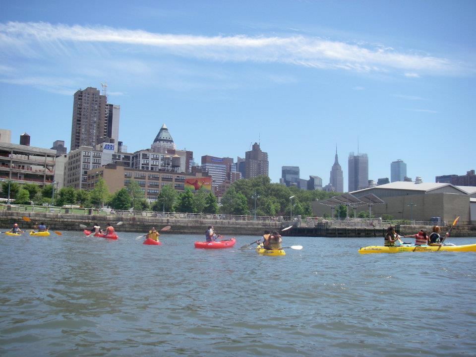 Downtown Boathouse Bringing Free Kayaking to Pier 26