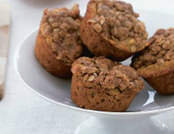 Healthy Comfort Food: Terry's Apple-Oatmeal Muffins