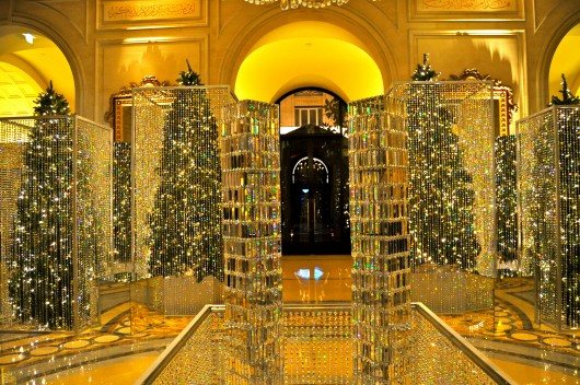 Affordable Luxury Hotels Embrace The Holiday Spirit Downtown Magazine Nyc With Christmas Decorations