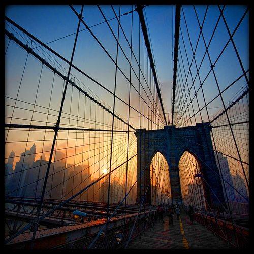 Oy or Yo? New Sculpture at Brooklyn Bridge
