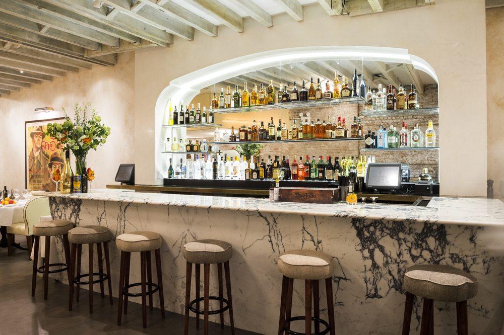 Mamo_Upstairs+Bar_Evan+Sung
