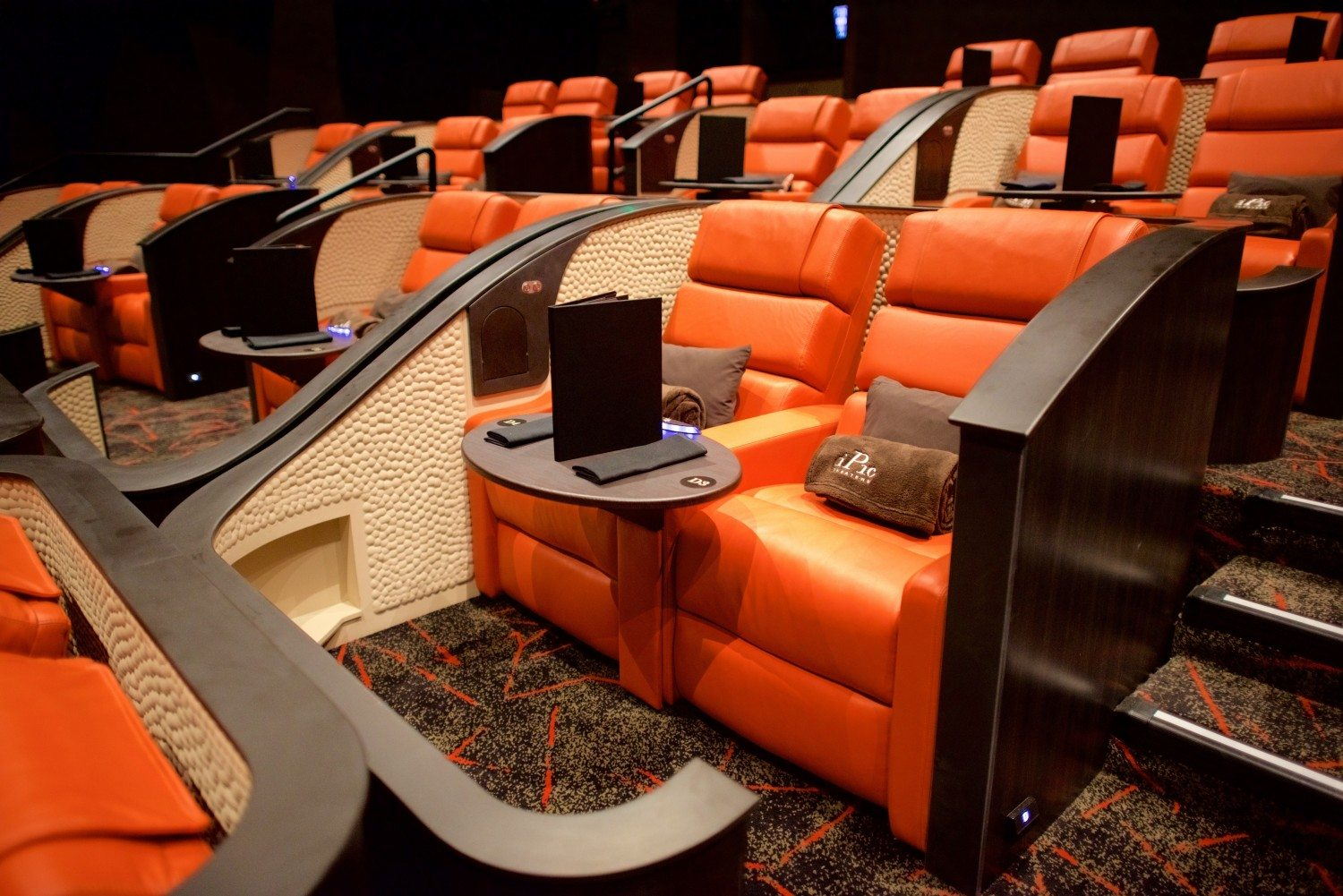 iPic now open in the South Street Seaport